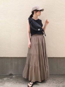 ティアードスカートで大人な華やかさアップ 取り入れる際のコツとコーデ紹介も!