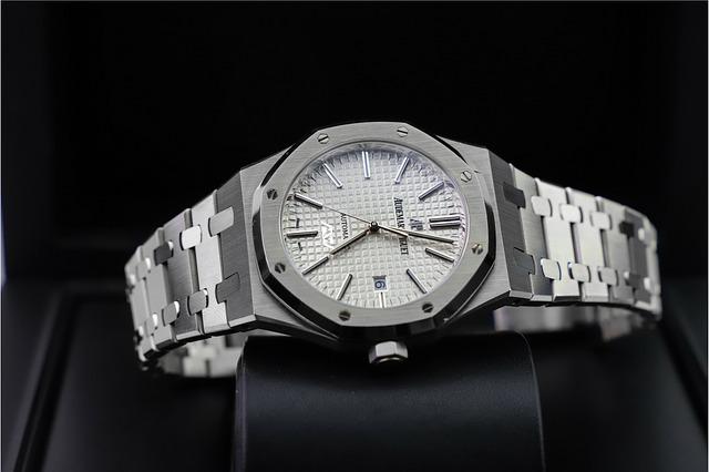 40代に人気のメンズブランド腕時計を紹介