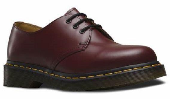 今話題の革靴ドクターマーチン3ホールをレビュー 良い点・悪い点を全て話します!