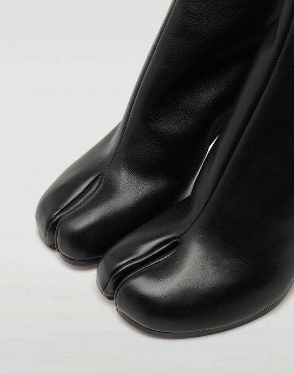 ドレッシーなコーデに合うマルジェラの足袋ブーツの評判を口コミからまとめてみた