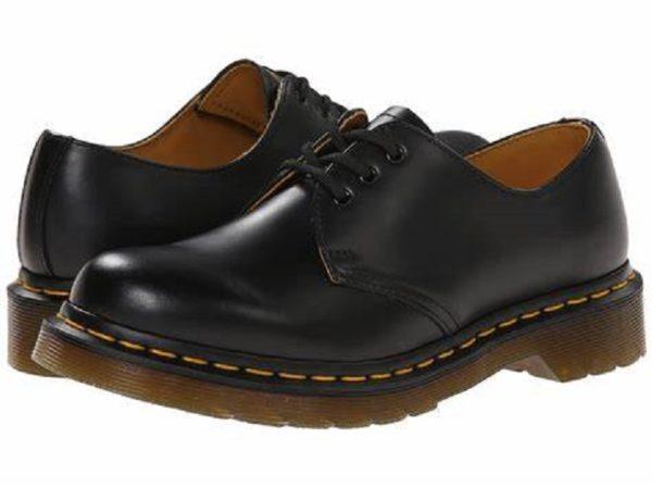 話題の革靴ドクターマーチン3ホールを手入れの仕方も踏まえてレビュー