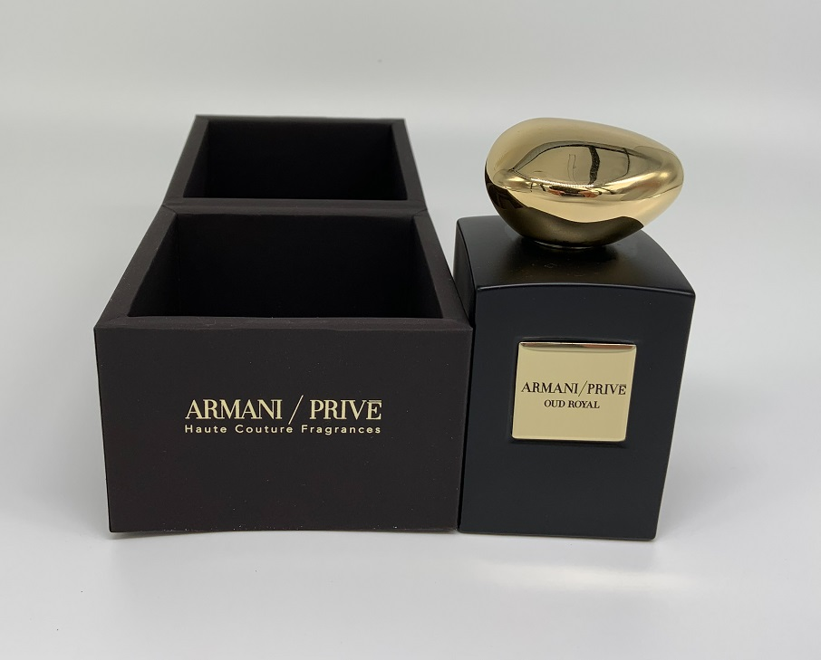 Giorgio Armani,Prive,Oud Royal,レビュー