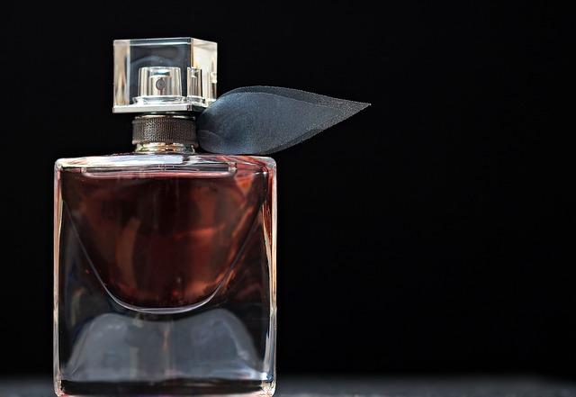 香水種類,パルファム,オードパルファム,オードトワレ,オーデコロン